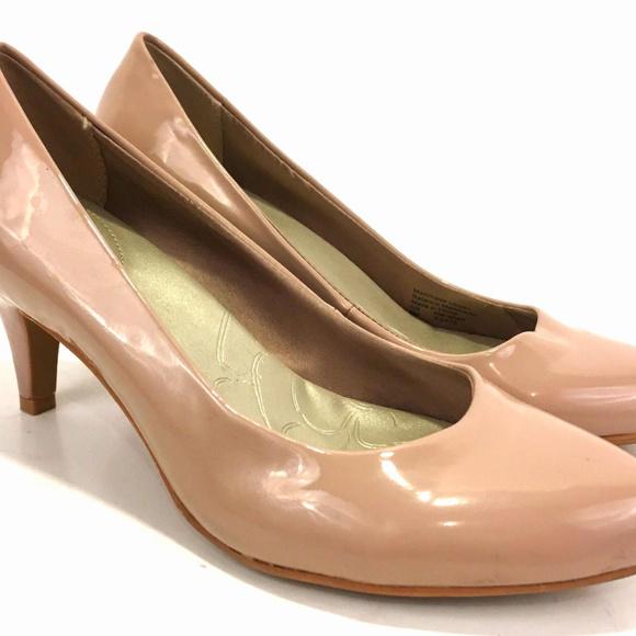 972c84c350 Gianni Bini Shoes   Giani Bernini Women Pointed Toe Pumps Size 6 M ...